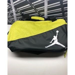 Nike Jordan duffle bag gym bag like black